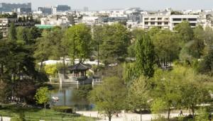 L'étang du Jardin d'acclimatation vu des terrasses de la Fondation Vuitton.