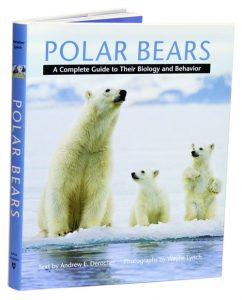 Polar Bears: Polar Bears: A Complete Guide to Their Biology and Behavior